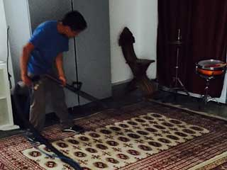 Five Reasons to Clean Your Old Rug | Los Angeles Carpet Cleaning